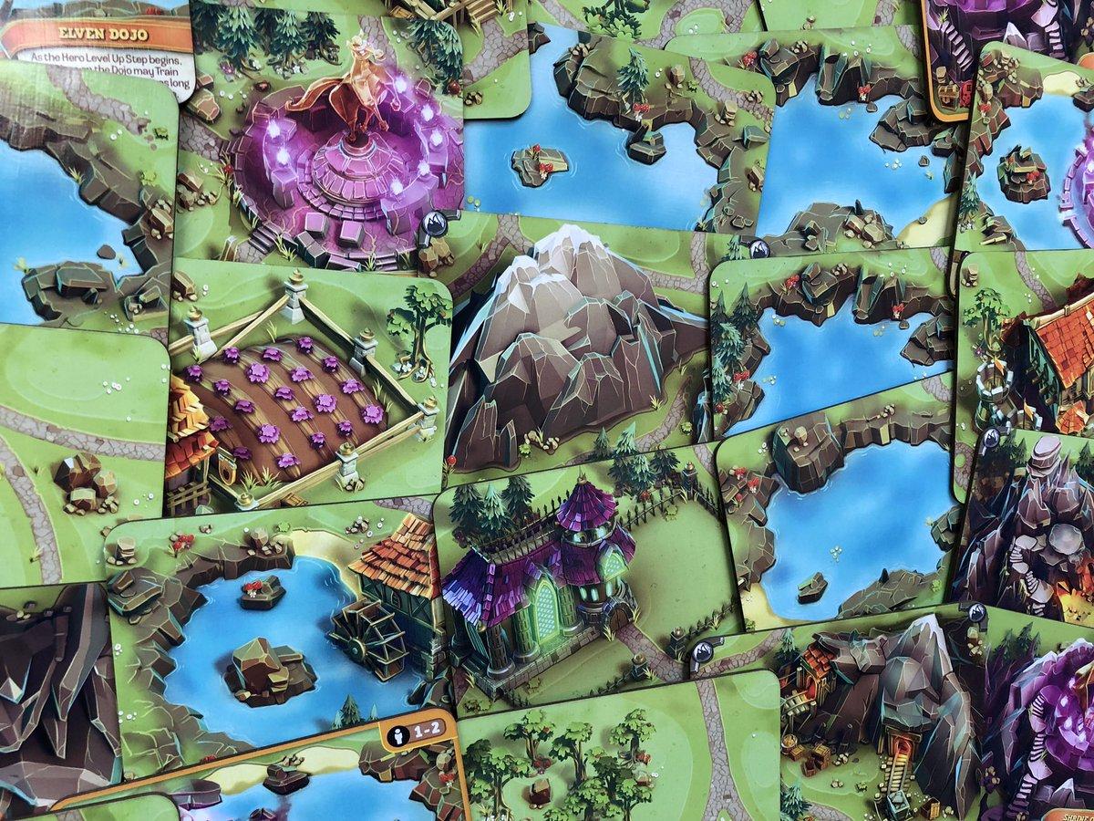 Valor & Villainy: Minions of Mordak – an Assymetric Game Charms Kickstarter